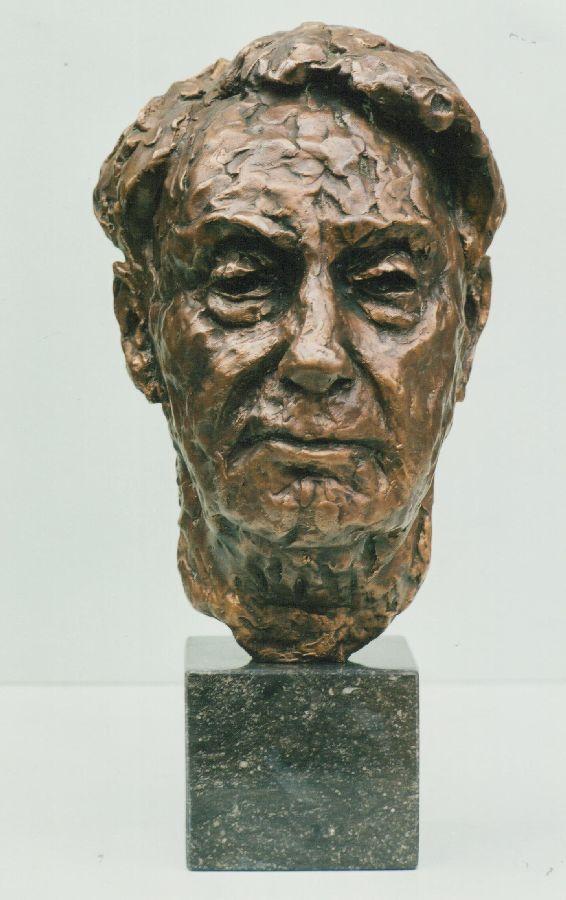Portret Victor Bouter, schilder brons hoogte 45 cm