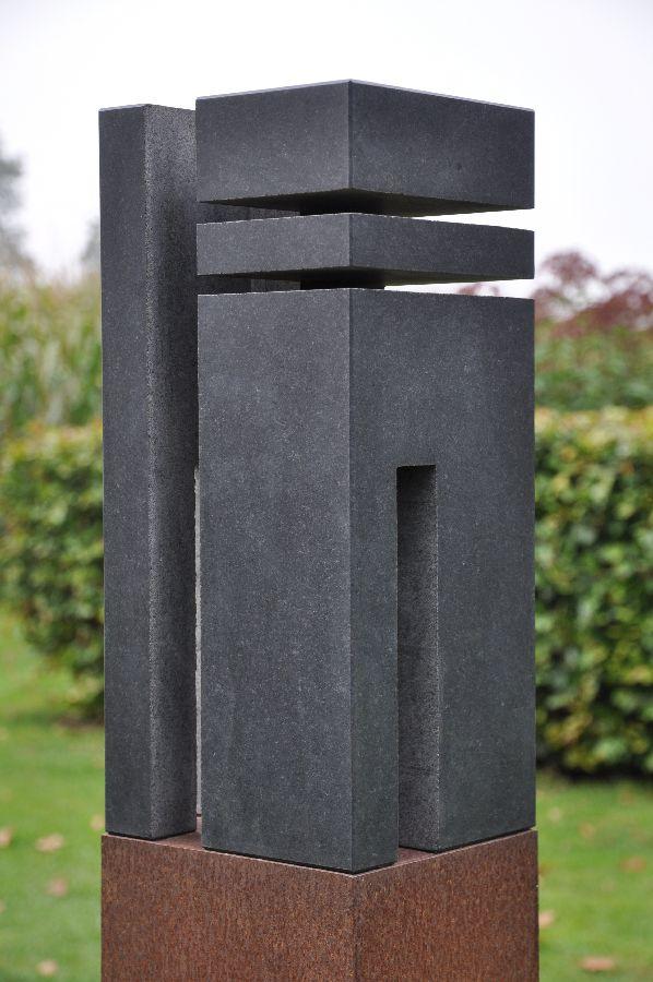B041 zwart graniet, cortenstaal 17,5 x 19,5 x 150 cm