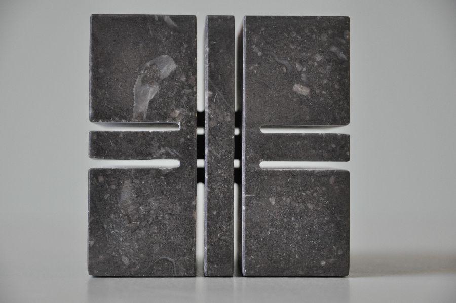 B075 Belgisch hardsteen 10 x 10 x 10 cm