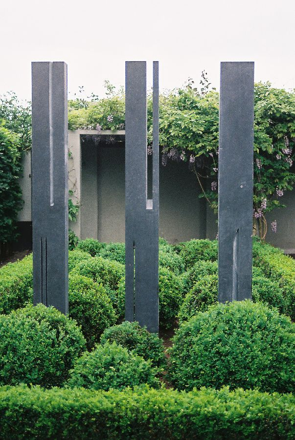 B045 Belgisch hardsteen 3 x 22 x 12 x 225 cm