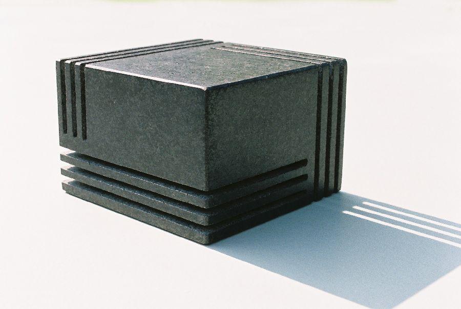 B046 zwart graniet 10 x 10 x 6,7 cm